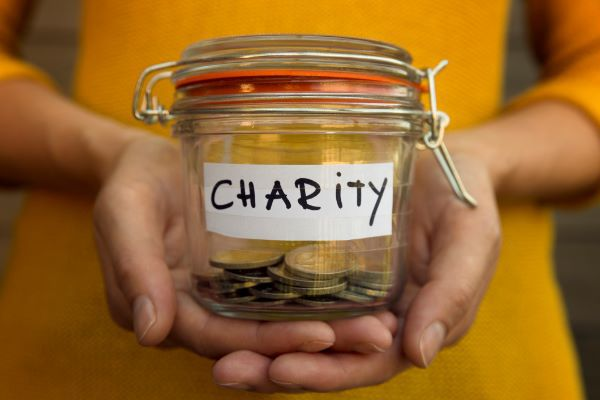 The Benefits of Direct Lifetime Gifts to Charity